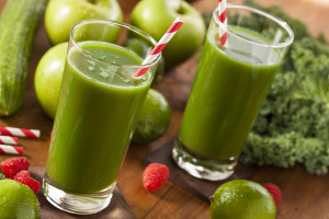 Healthy Green Vegetable and Fruit Smoothi Juice with Apple and Greens